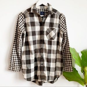 American Eagle Outfiters Jegging Plaid Shirt S
